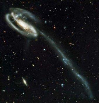 1322179236_galaktika.jpg